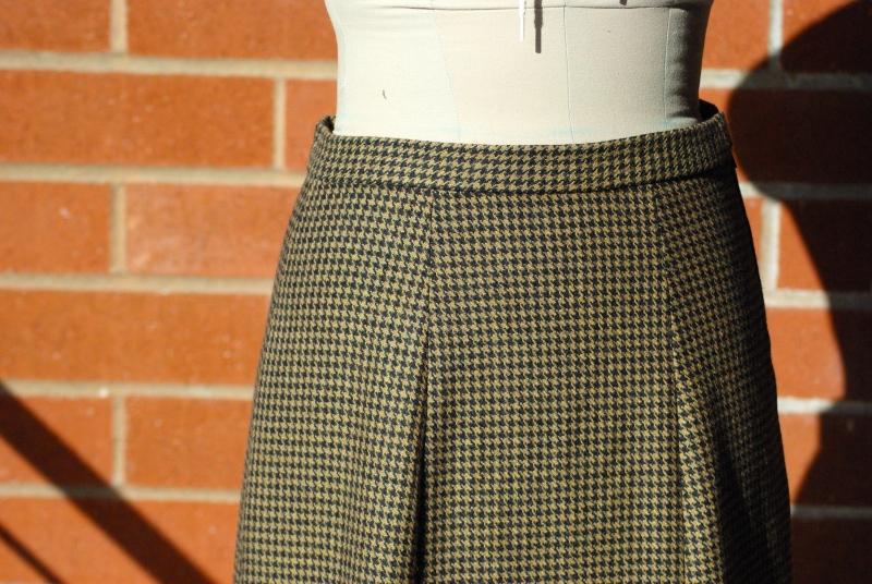 skirtfront.jpg